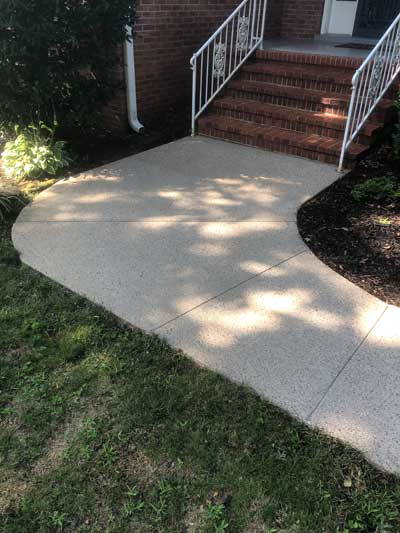Concrete-Driveway-Cleaning-after3