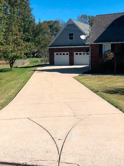 Concrete-Driveway-Cleaning-after5